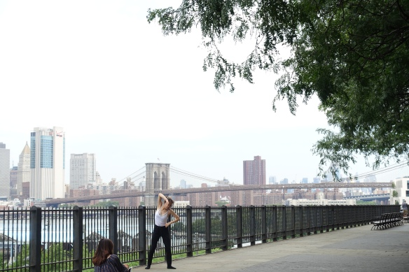 Hello NYC: a dancer makes the most of a stunning Brooklyn Bridge backdrop for her rehearsal.
